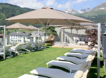 paraflex-side-post-hexagonal-parasol-umbrella