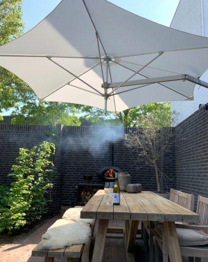 paraflex-wall-mounted-hexagonal-umbrella