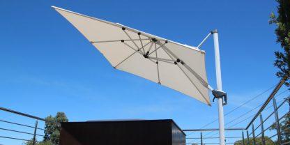tradewinds-cantilever-parasol-tilt